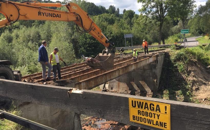 Remont mostu w Leśnicy