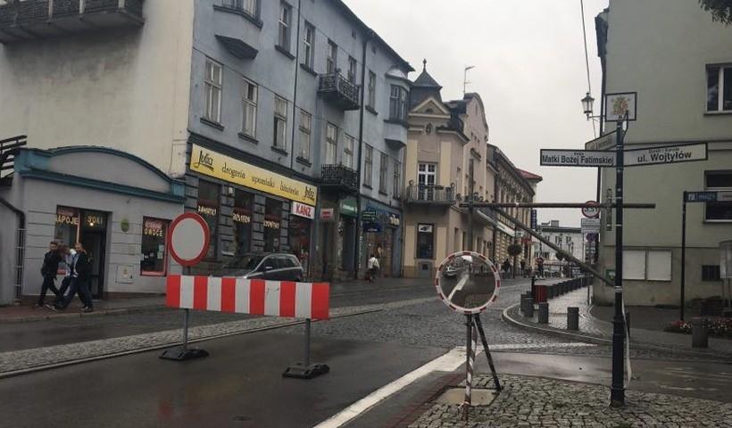 W poniedziałek rynek Wadowicach został zamknięty dla ruchu