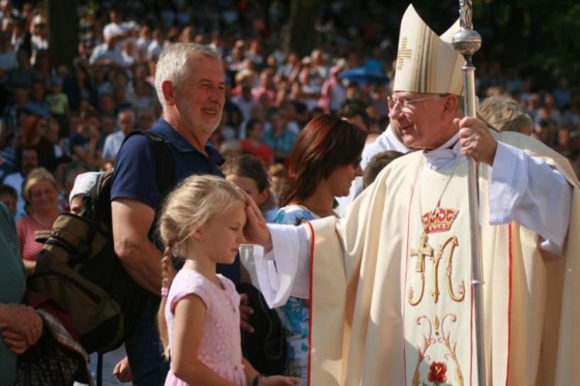 Arcybiskup Marek Jędraszewski na pielgrzymce rodzin w Kalwarii Zebrzydowskiej