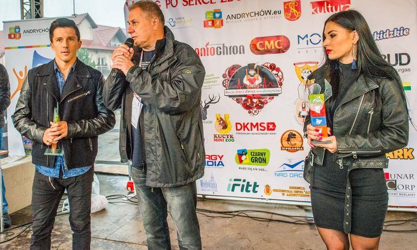 Burmistrz Tomasz Zak wręczył statuetki Tomaszowi Moskale i Katarzynie Bieleckiej