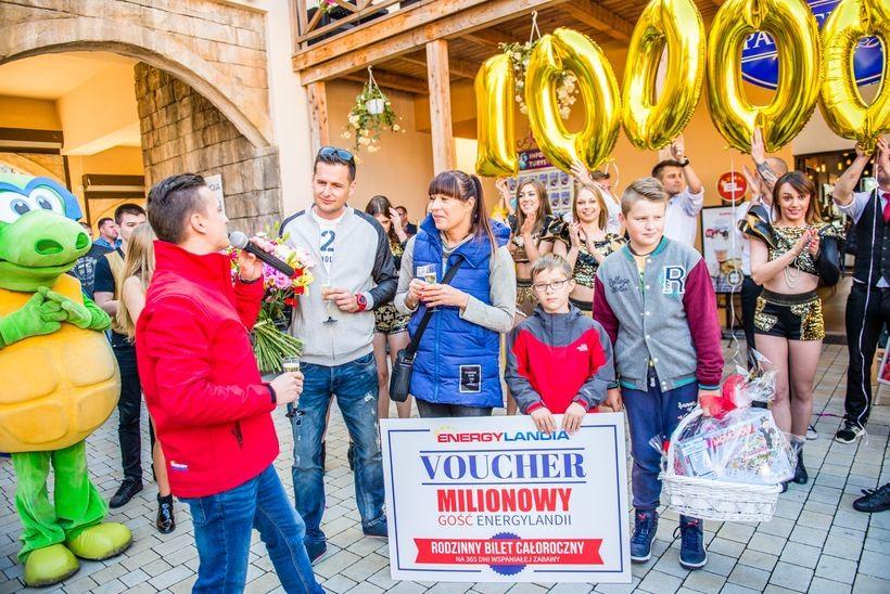 Rodzina Bylicow z Malborka to w sezonie 2017 milionowi goście Energylandii