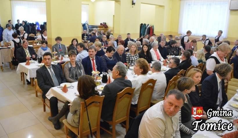 20 par z gminy Tomice świętowało rocznice długoletniego pożycia małżeńskiego