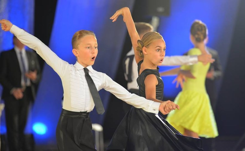 Mateusz Stawowy z partnerką w tańcu Sarą