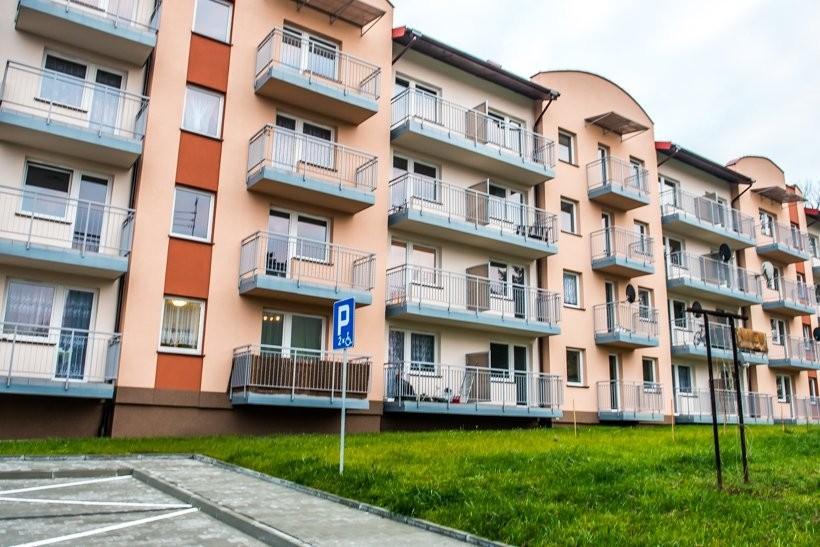 Wadowice na początku 2014 roku zdecydowały o przeznaczeniu ponad 2 mln zł na budowę bloku komunalnego przy ul. Karmelickiej