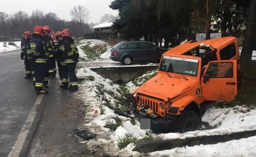 Kierowca jeepa trafił do szpitala