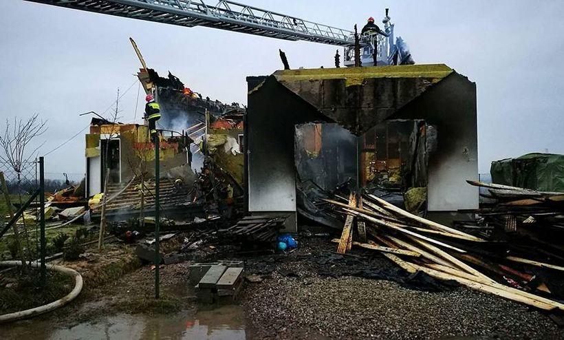 Pożar domu w Leńczach