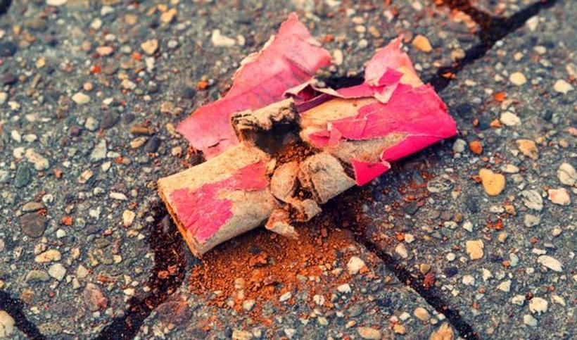 Żeby sylwester nie zakończył się tragedią. Jak używać fajerwerków?