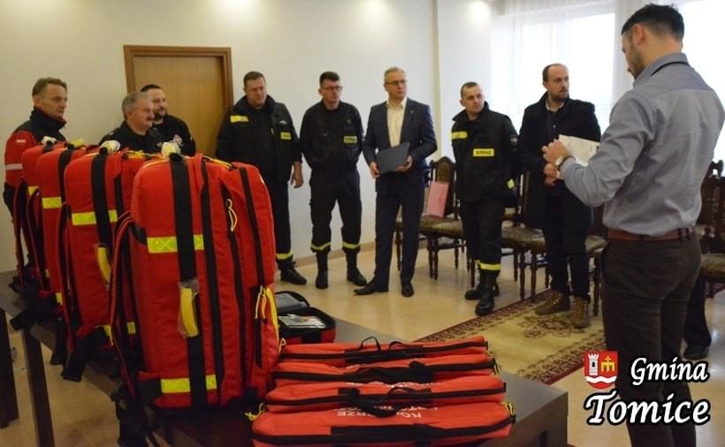 Strażacy z OSP Tomice dostali porządny sprzęt