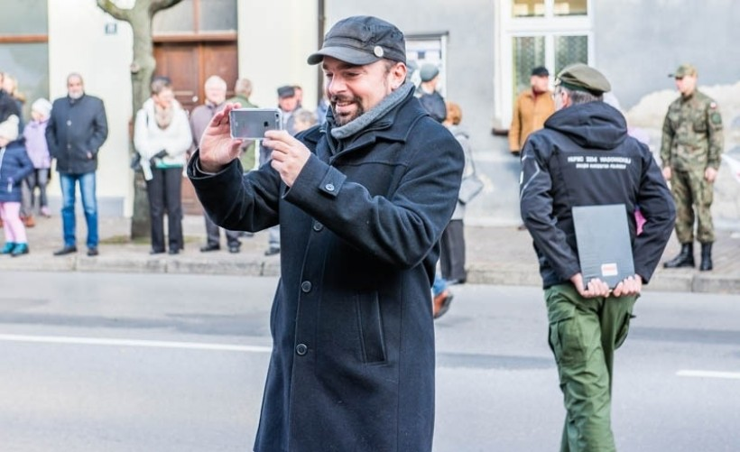 Burmistrz Klinowski dba o swój propagandowy wizerunek na Facebooku. Mieszkańcy chcieliby jednak, żeby zadbał o inwestycje w Wadowicach