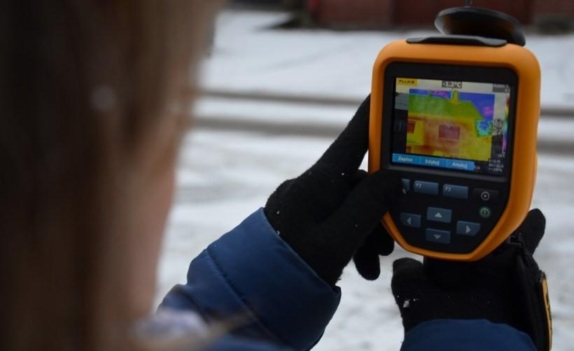Badania termoizolacji wykonywane przez starostwo rozpoczęły się w czwartek