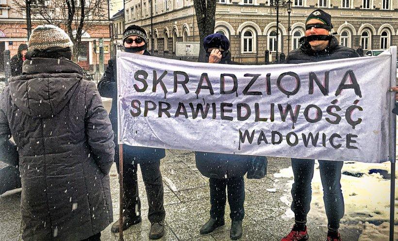 Milczący protest w Wadowicach
