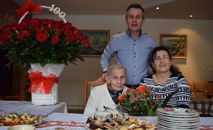 Pani Stanisława z rodziną