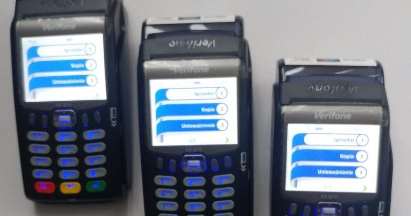 Policjanci z Wadowic mają już terminale płatnicze. Teraz za mandat zapłacisz w radiowozie