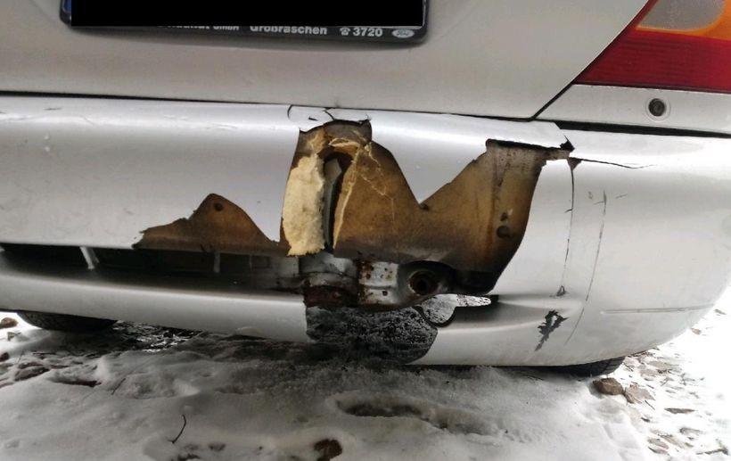 Złodziej uszkodził pojazd