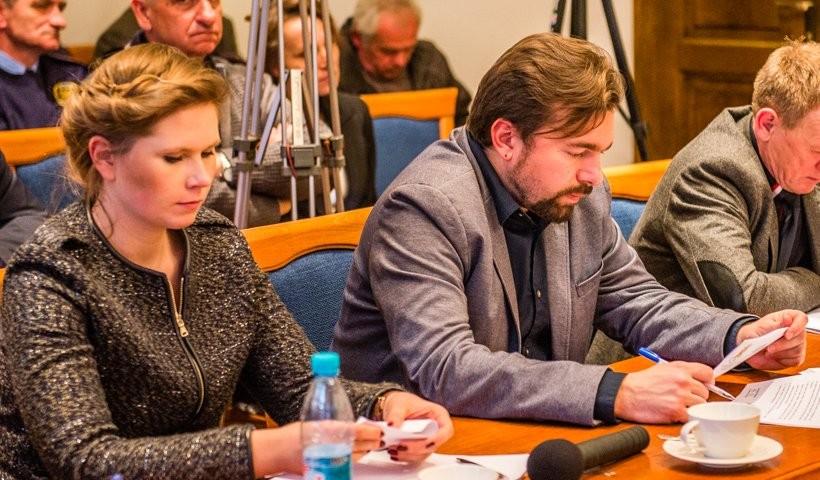 """Burmistrz Mateusz Klinowski. Jego dokonania jak twierdzi są """"rewelacyjne"""" i """"niebywałe"""""""""""