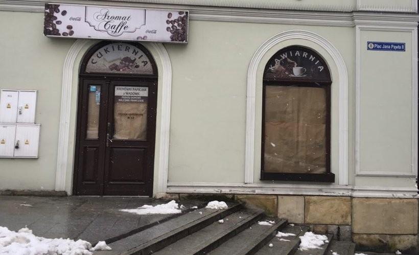Co się dzieje z tym miastem? Kolejna restauracja w Wadowicach zamknięta!