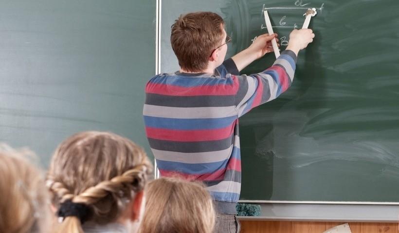 Pensja nawet powyżej 5000 zł. Wiemy, ile zarabiają dziś nauczyciele?