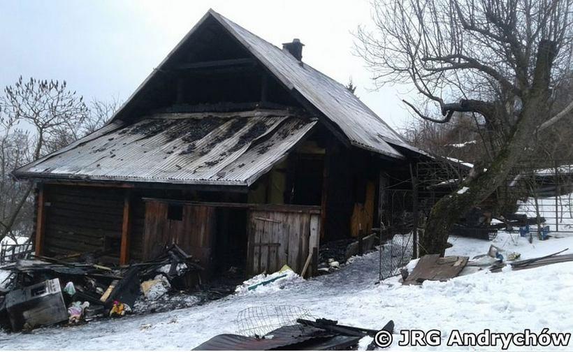 W Brzezince pod andrychowem spalił się drewniany dom