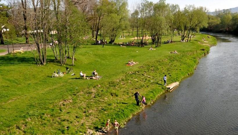 Bulwary nad Skawą w Wadowicach