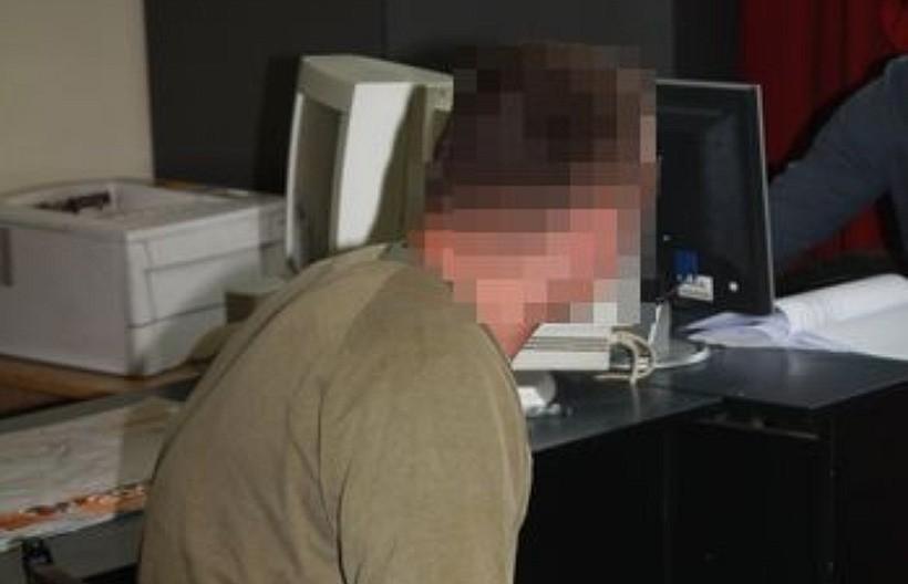 Policjanci od miesięcy tropili seryjnego włamywacza i w końcu go złapali... w więzieniu