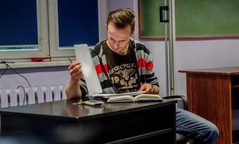 Michał Brańka na co dzień współtworzy Teatr Soków i Wolontariat WCK