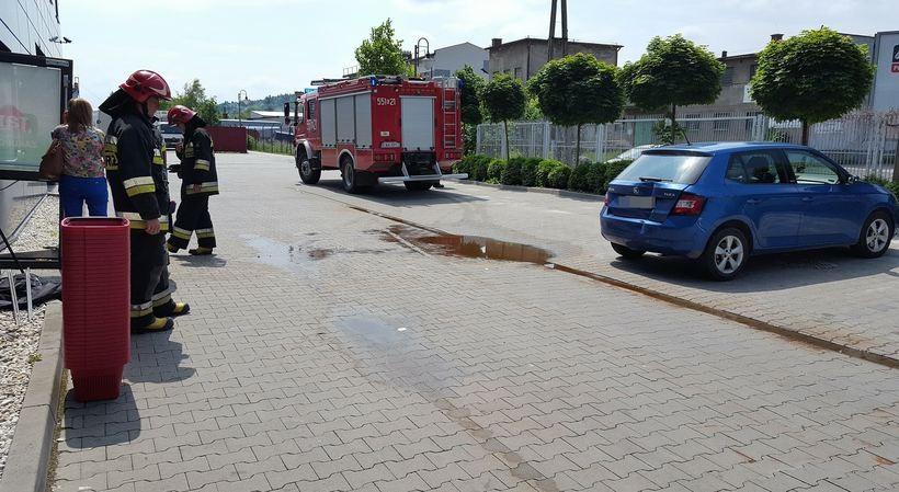 Kolizjanaparkingu pod supermarketm w Wadowicach