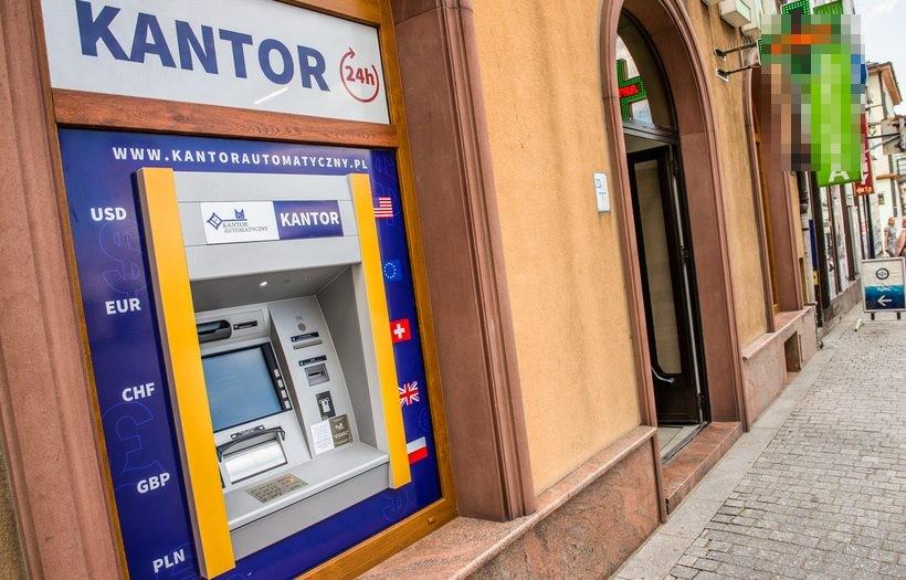 Kantor Automatyczny w centrum Wadowic! Wymieniaj waluty 24 godziny na dobę, 7 dni w tygodniu!