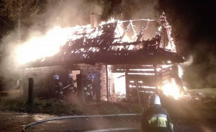Ogień strawił cały dom