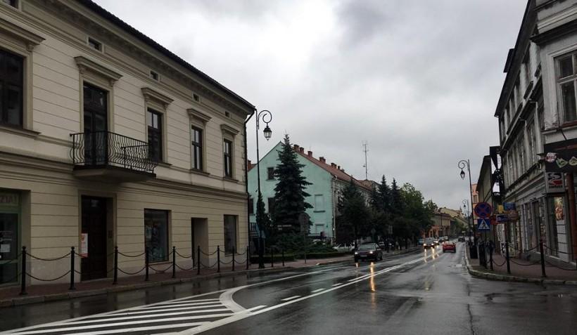 Ulica Lwowska w Wadowicach pozostanie ulicą dla samochodów