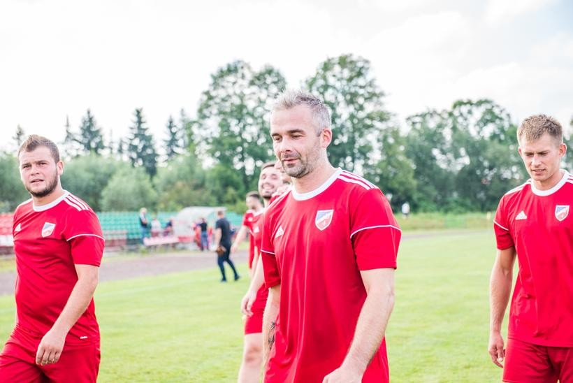 """35- letni napastnik Astry Spytkowice Rafał Lach. Jego bramka strzelona Skawie była pierwszą w tym sezonie na """"aklasowych"""" boiskach."""