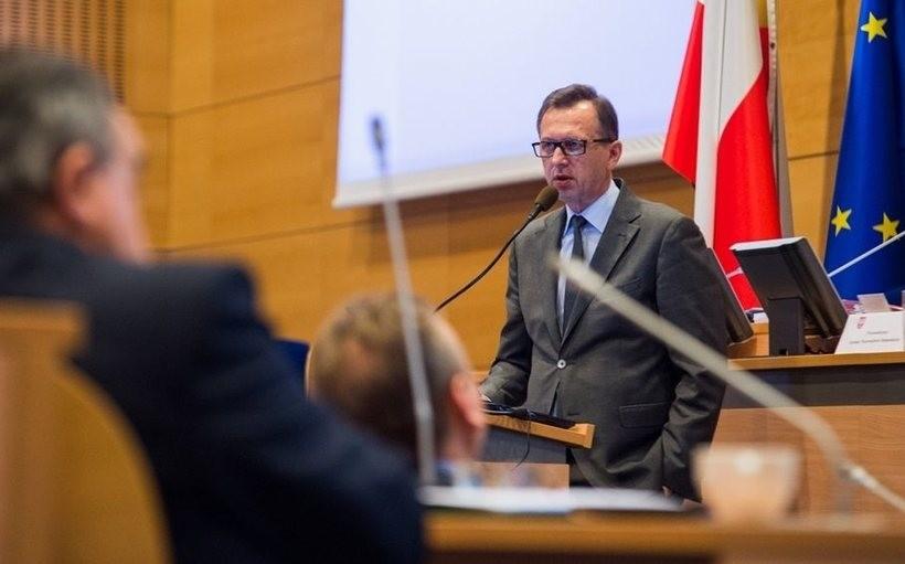 Władze Małopolski piszą do premiera... chcą lepszego węgla, by walczyć ze SMOG-iem