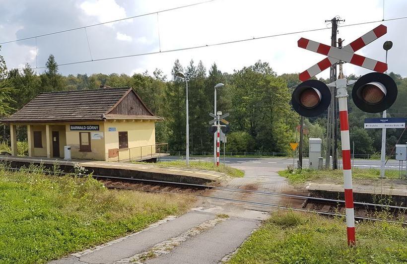 Już za kilka dni na przejazdach kolejowych mogą pojawić się zamknięte na kłódkę szlabany