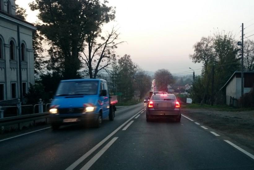 W Kleczy na drodze krajowej remontowana będzie nawierzchnia. Kierowcy muszą uzbroić się w cierpliowść