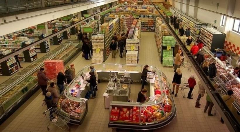 Handel w niedzielę? Prawie co dziesiąty sklep otwarty wbrew prawu