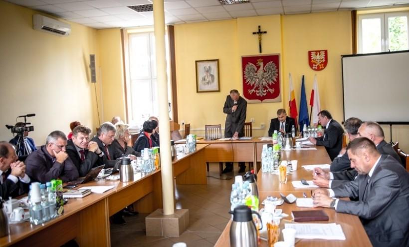W sali sesyjnej budynku Starostwa Powiatowego w Wadowicach zbierze się nowa rada