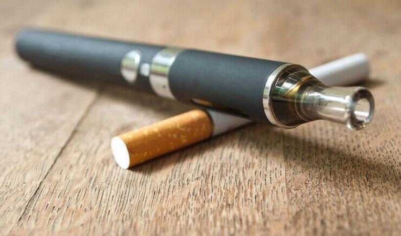 Aerozol z e-papierosów szkodzi płucom? Najnowsze badania to potwierdziły