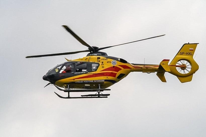 Dziecko potrącone na krajówce w Kalwarii Zebrzydowskiej. Wezwano pogotowie lotnicze