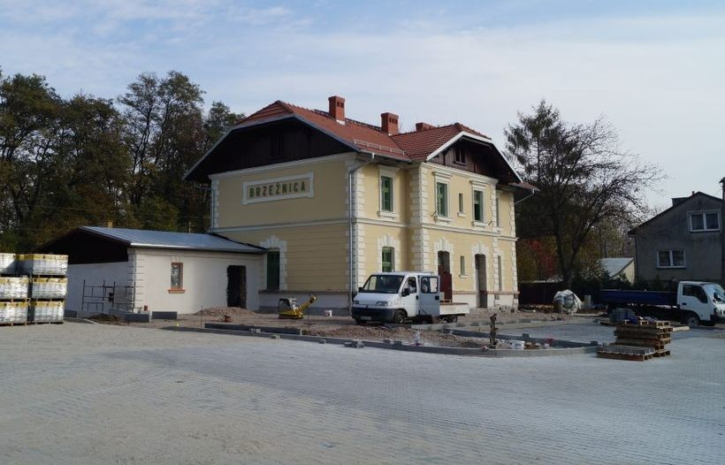 Zabytkowy budynek dworca został wyremontowany