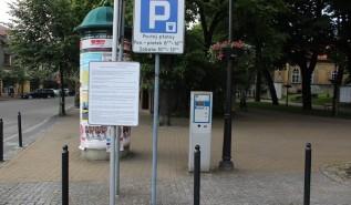 Andrychów wprowadził strefy płatnego parkowania. Ustalono już opłaty