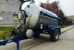 Zdaniem burmistrza dziś alternatywą jest dla nich woda z beczkowozu