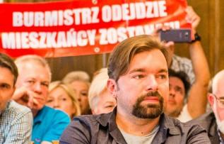 Burmistrz Klinowski skrytykował millenialsów, bo nie angażują się w pracę