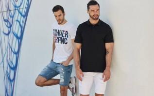 Czarna koszulka męska na lato. Którą warto wybrać?