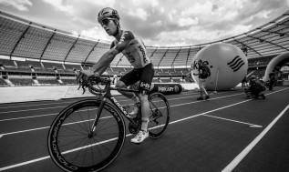 Czwarty etap Tour de Pologne przez Kocierz skrócony. Na trasie zmarł kolarz