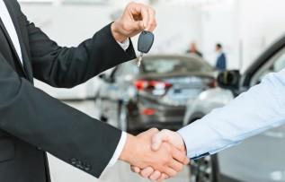 Czym jest długoterminowy wynajem samochodu? Jakie są jego zalety i wady?