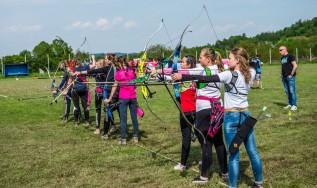 Duże zawody łucznicze w Zawadce. Do tarcz strzelało ponad 80 zawodników