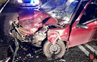 Dwie osoby w ciężkim stanie po wypadku na krajowej 44. Jak do tego doszło?