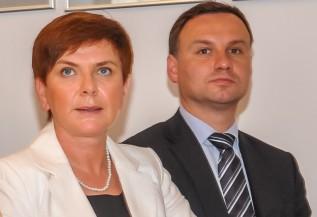 Beata Szydło i Andrzej Duda podczas wizyty w Wadowicach w 2012 roku
