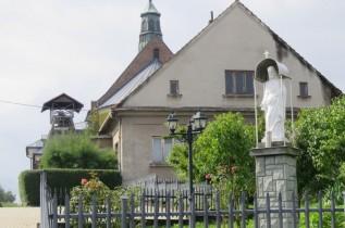 Ksiądz z zarzutami o molestowanie musiał opuścić parafię w Bachowicach