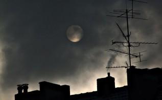 Małopolanie trują pod osłoną nocy. Mieszkańcy sami mówią o swoich sąsiadach