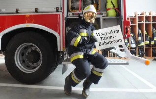 Miły akcent strażaków z Sułkowic. Co zrobili z okazji Dnia Ojca?